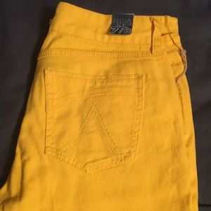 Delia's yellow Morgan jeans